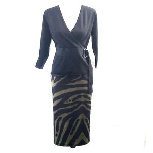 EUC Olive/Black tiger stripe scuba skirt